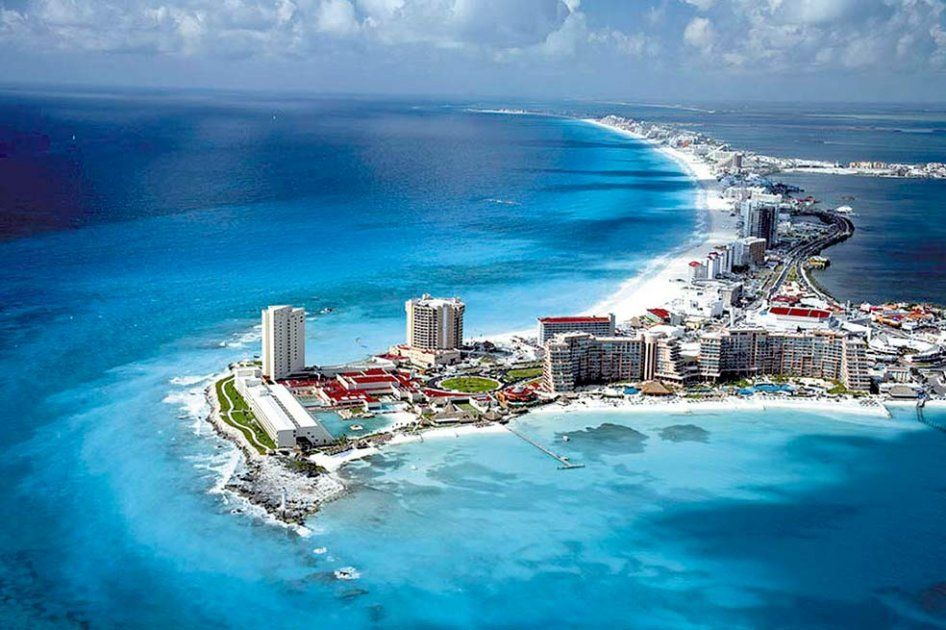 Transfer to Hotel Zone Cancun - Private Vans